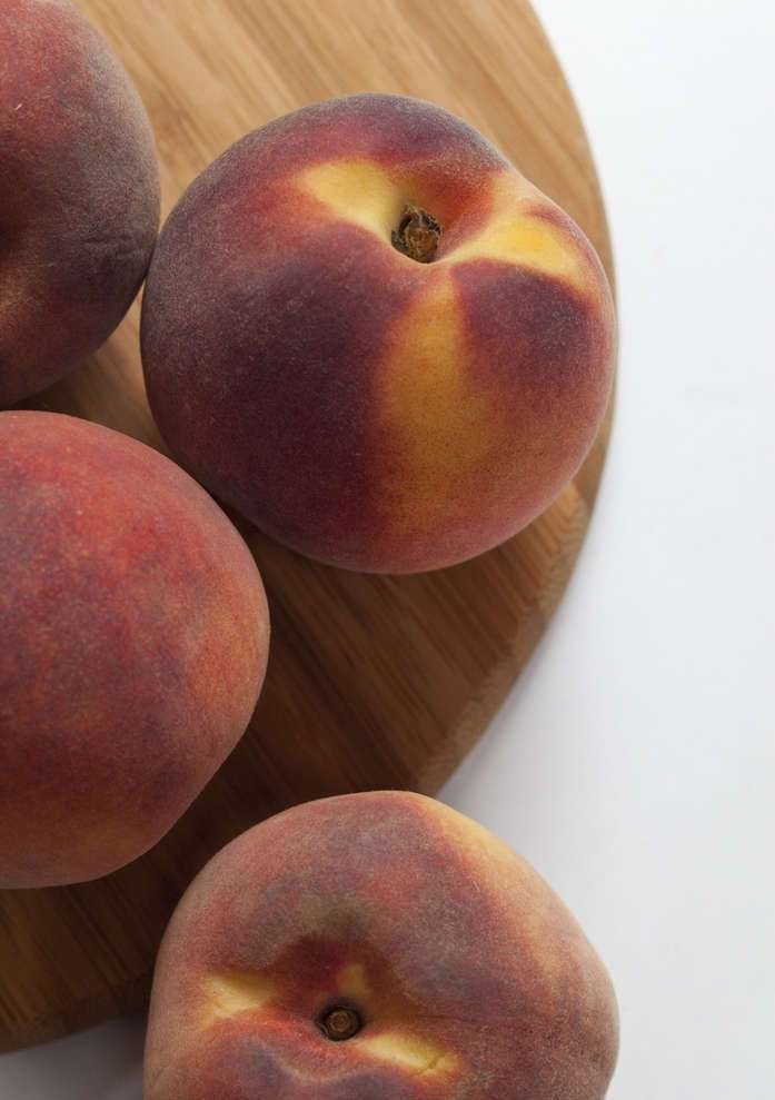 Мороженое из персиков - фото шаг 1