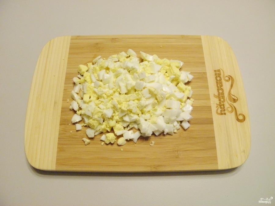 Пирожки с яйцами на кефире - фото шаг 3