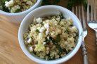 Салат с киноа, огурцом и сыром