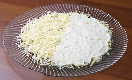Салат с копченой грудкой и шампиньонами рецепт