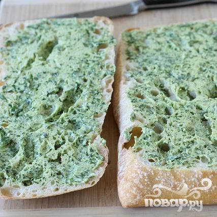 Бутерброды с базиликовым маслом - фото шаг 2