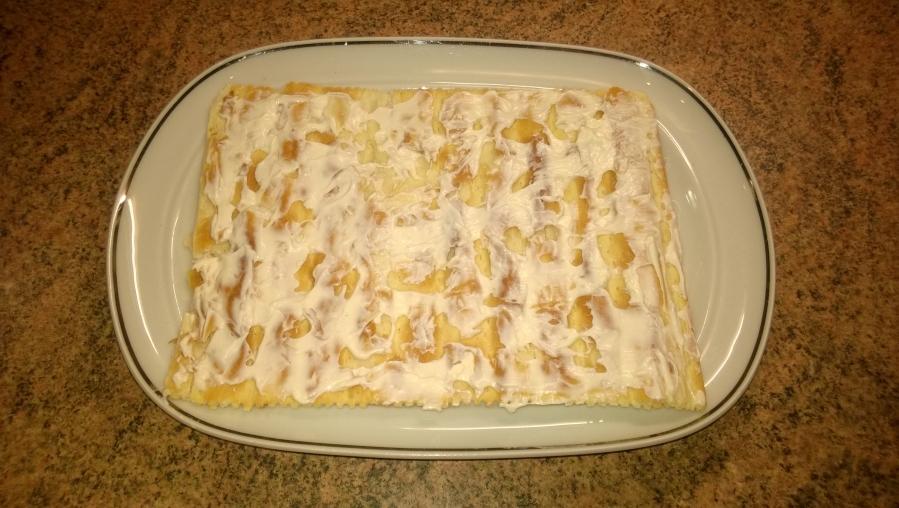 Слоеный торт с рыбой - фото шаг 5