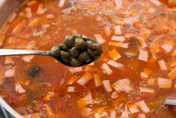 Солянка мясная классическая - фото шаг 9