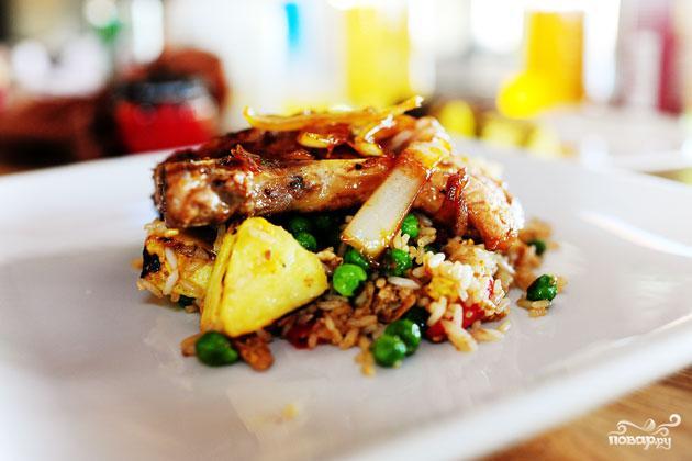 Свинина с рисом и ананасом