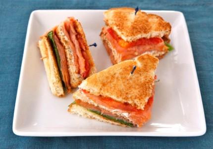 Сэндвич с семгой  - фото шаг 7