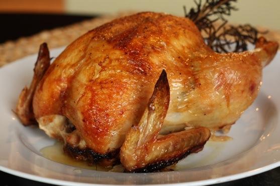 Целая курица в мультиварке - фото шаг 7