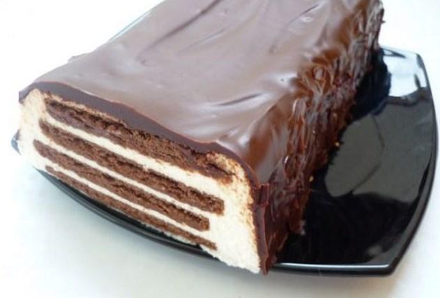 Творожный торт с печеньем без выпечки - фото шаг 8