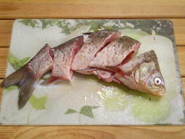 Жареная рыба с овощами - фото шаг 2