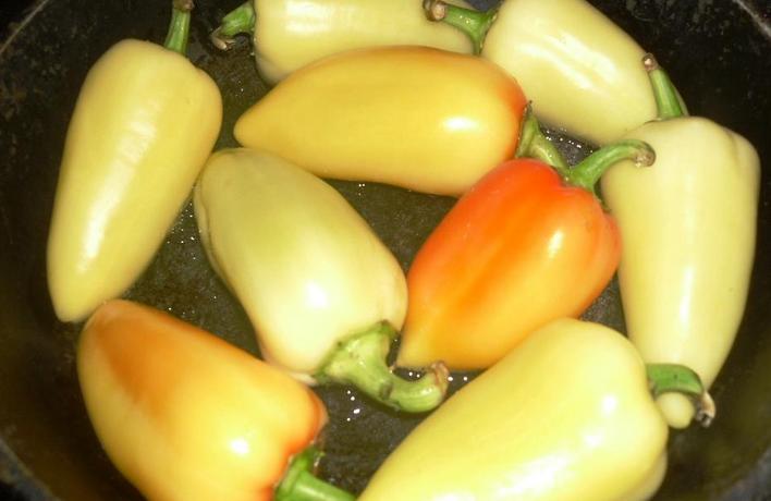 Закатка жареного перца - фото шаг 2