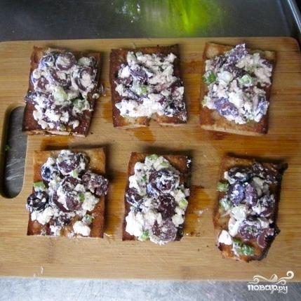 Брускетта с маслинами и фетой - фото шаг 5