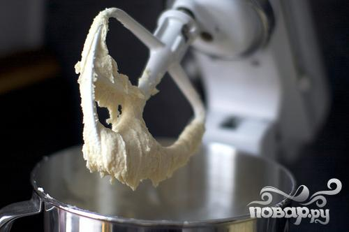 Дрожжевой пирог со сливочной начинкой - фото шаг 3