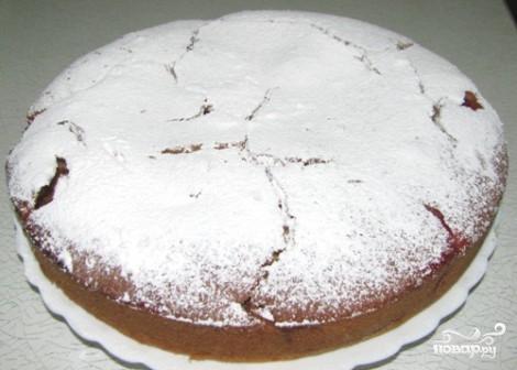 Пирог с сахарной пудрой