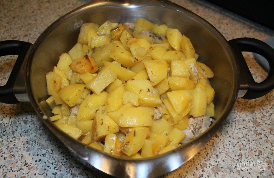 Как приготовить картошку с курицей в рукаве