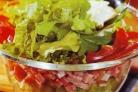 Салат из шпината и тунца