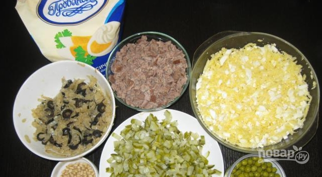 салат из огурцов соленых и говядины рецепт