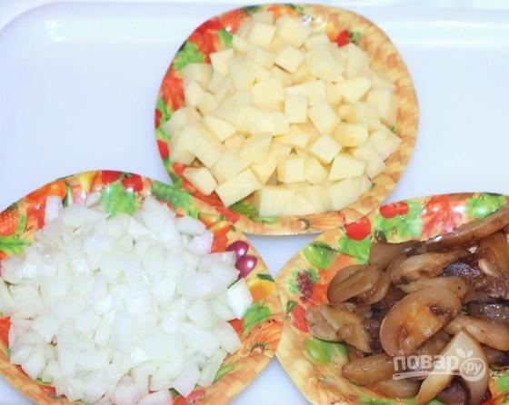 Пирог с картошкой и грибами - фото шаг 1