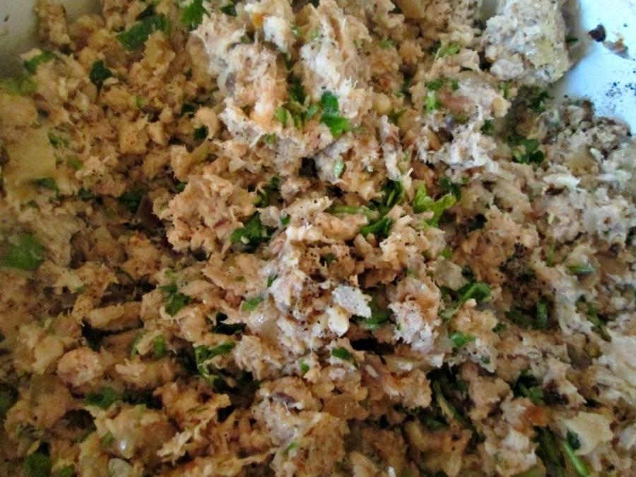 Зразы куриные с яйцом - фото шаг 2