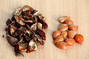 Варенье из абрикосов с косточками - фото шаг 2