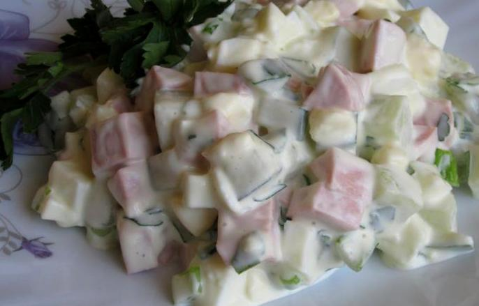 Салат из сосисок и яиц - фото шаг 6