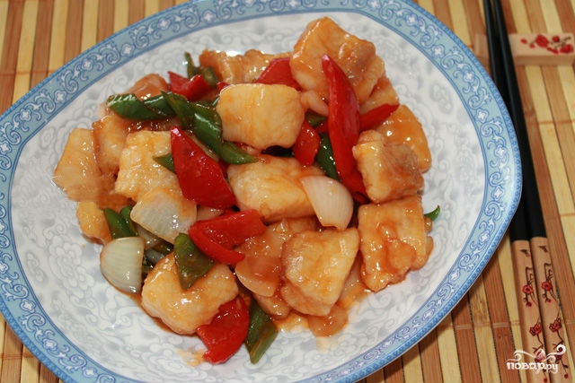 Рыба в кисло-сладком соусе по-китайски