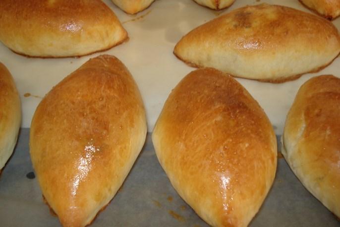 Печеные пирожки - фото шаг 7