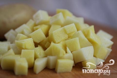 Салат с жареным картофелем - фото шаг 1