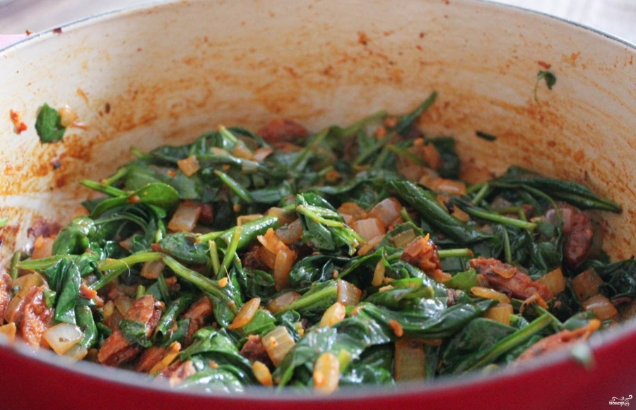 Салат из фасоли в томате - фото шаг 2