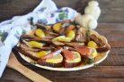 Бутерброды со шпротами и копченой семгой