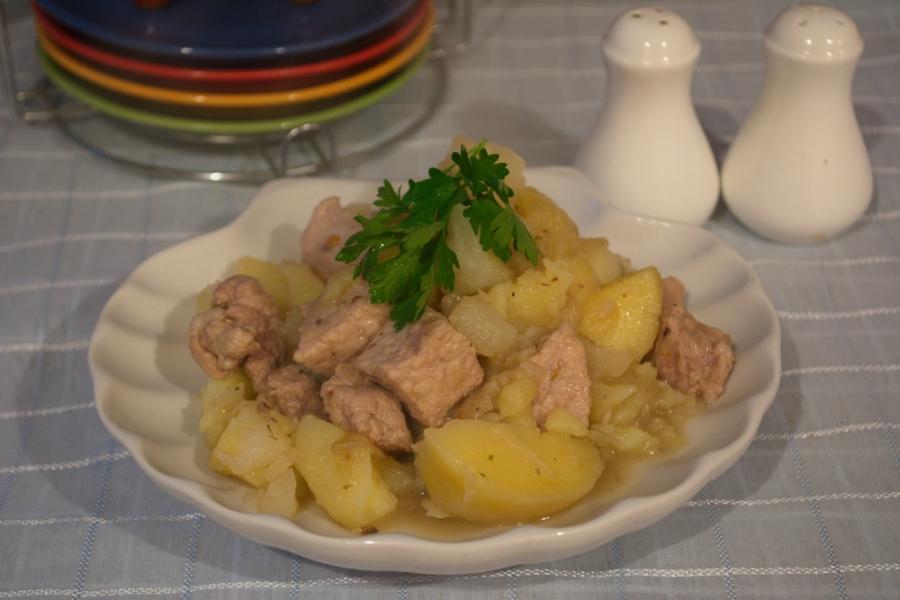 Тушеная свинина с картошкой пошаговый рецепт с