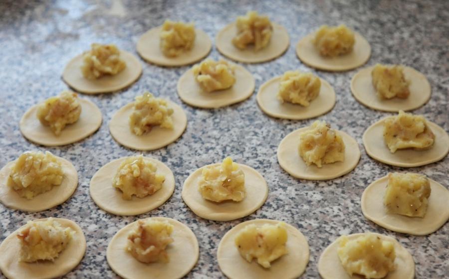 Пельмени с картошкой - фото шаг 2