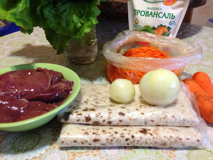 Рулет из лаваша с корейской морковкой - фото шаг 1