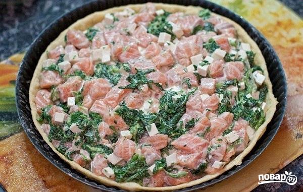 Пирог с красной рыбой - фото шаг 5