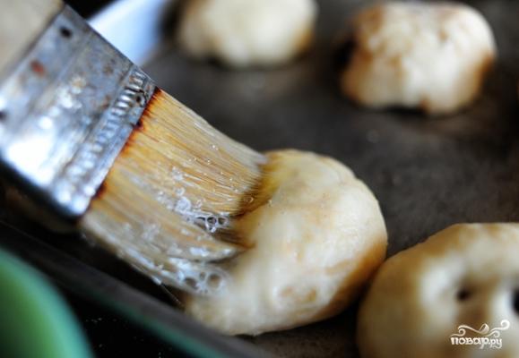 Сдобные булочки на Пасху - фото шаг 21
