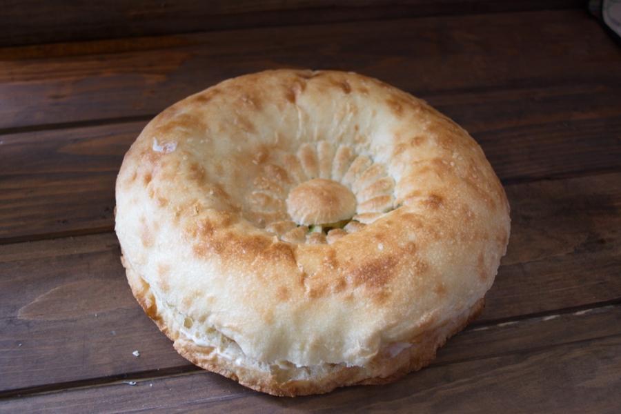 Толстый лаваш с сыром и бужениной - фото шаг 6