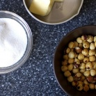 Рецепт Печенье с шоколадом и лесными орехами