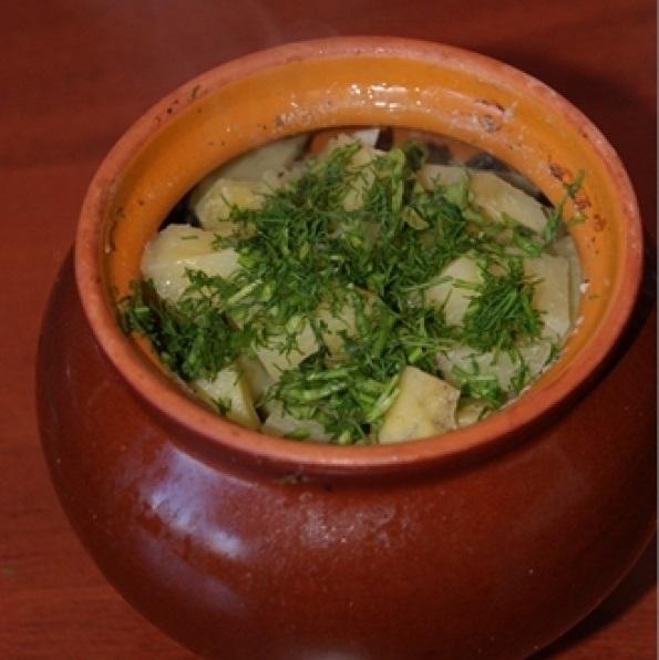 Рецепт горшочков в духовке с мясом и картошкой и грибами