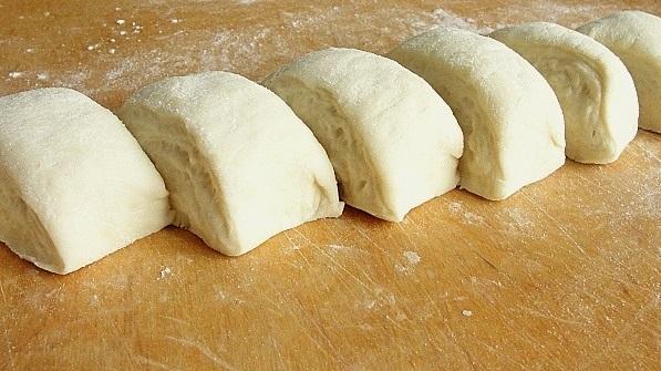 Быстрое тесто на пирожки жареные - фото шаг 6