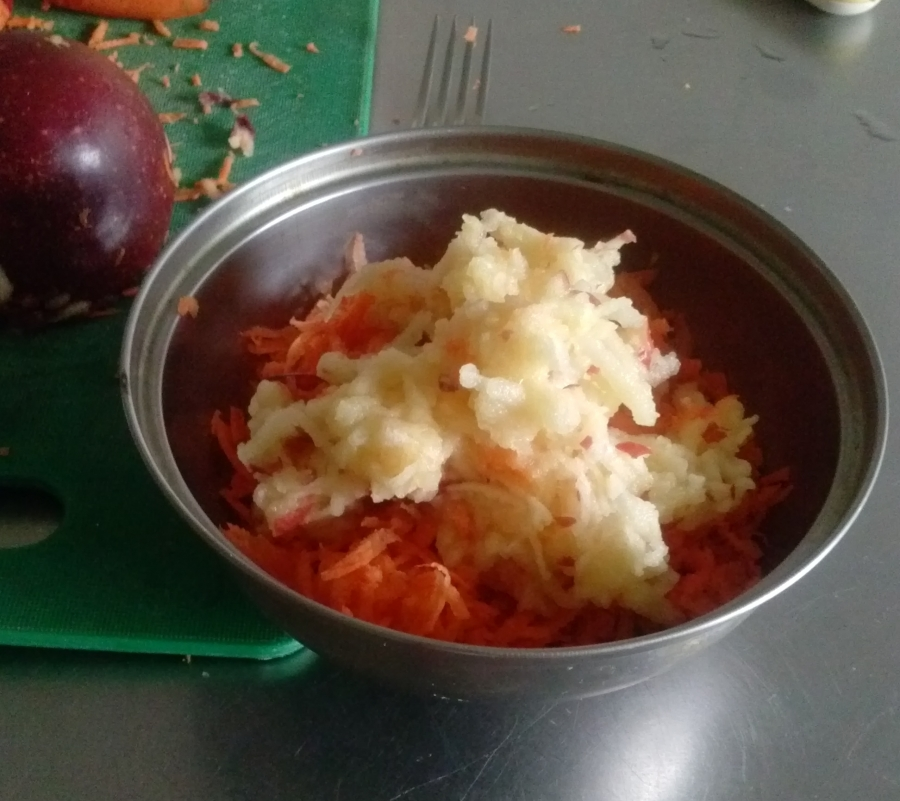 Витаминный салат - фото шаг 3