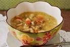 Суп с курицей, морковью, сельдереем и клецками