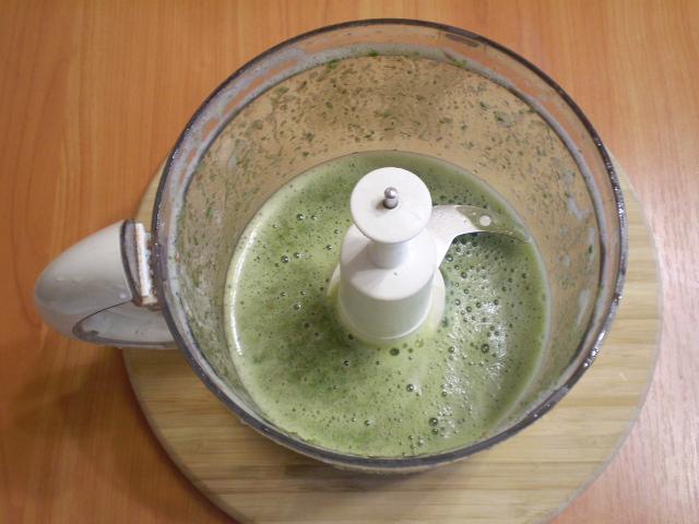 Зеленый коктейль с персиком - фото шаг 4