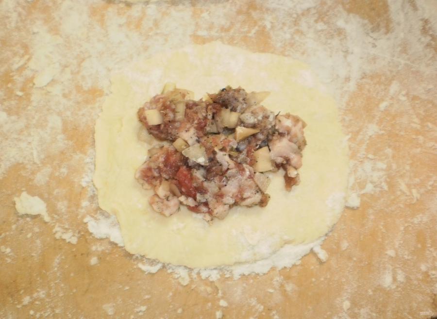 Беляши с мясом в духовке - фото шаг 6
