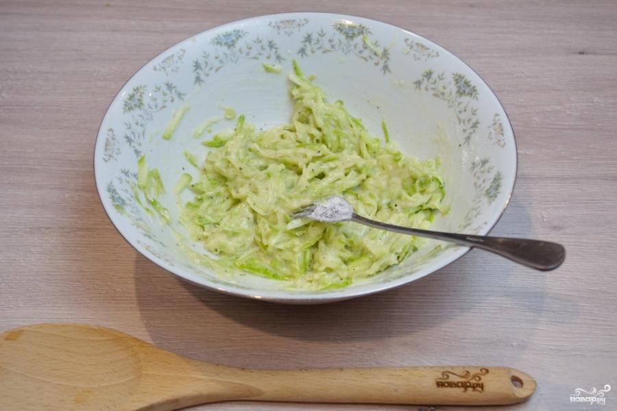 Кабачковое суфле с индейкой под грибным соусом - фото шаг 2