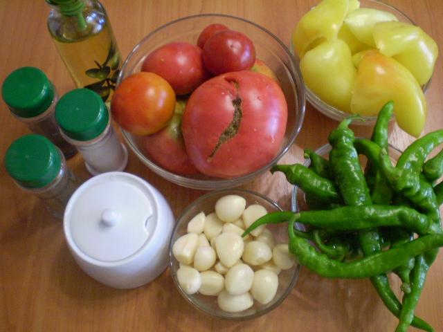 Рецепт Аджика из помидоров и перца с чесноком
