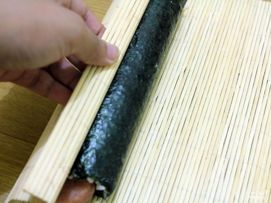 Роллы с колбасой - фото шаг 4