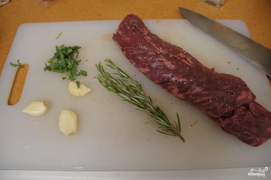 Стейк из говядины с грибным соусом - фото шаг 2