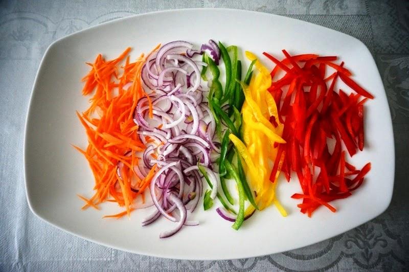 Овощной салат с филе сельди - фото шаг 2