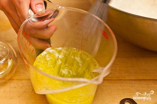 Песочный пирог с персиками - фото шаг 2
