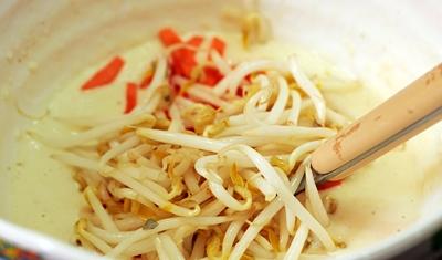 Корейские блины с луком - фото шаг 4