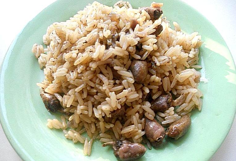 Куриные сердечки с рисом - фото шаг 5