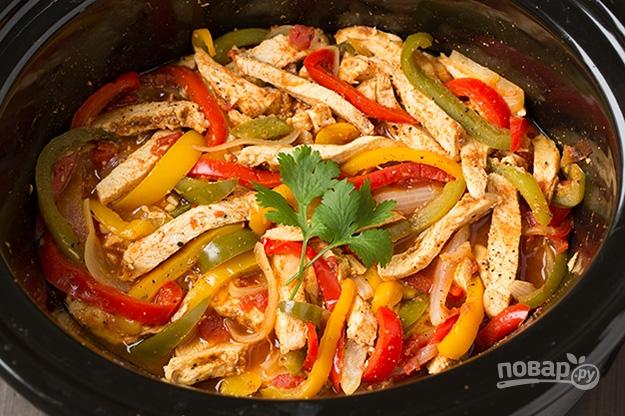 филе курицы с овощами в мультиварке